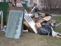 Новокузнечане жалуются на свалку у себя во дворе дома