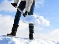 В Кузбассе названы территории, где из рук вон плохо убирают снег с крыш домов