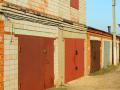 Во дворах Новокузнецка демонтируют несанкционированные гаражи