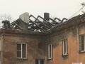 В Новокузнецке жители многоэтажки живут без крыши — аховая ситуация тянется с лета