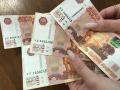 Родители кузбасских школьников получат по 10 тыс. рублей, заявление уже можно писать