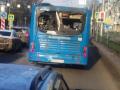 Новый автобус от «Питеравто» ездит по Новокузнецку с разбитым стеклом