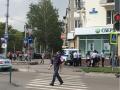 Толпа, полиция: что-то странное происходит на Курако