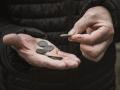 Для бедных россиян предлагают снизить налоги